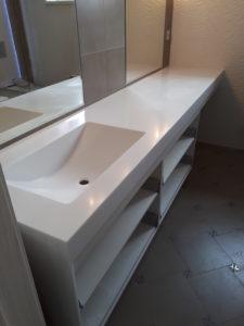 Столешница из искусственного камня для ванной